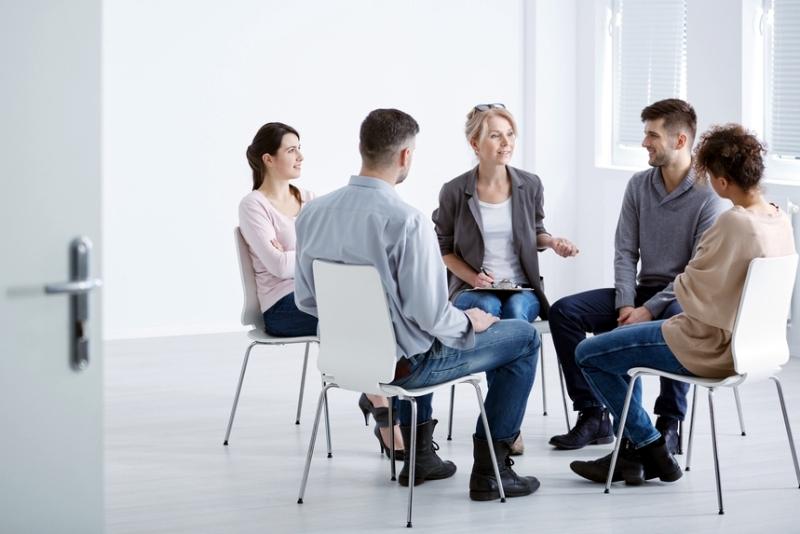 Личная или групповая психотерапия?
