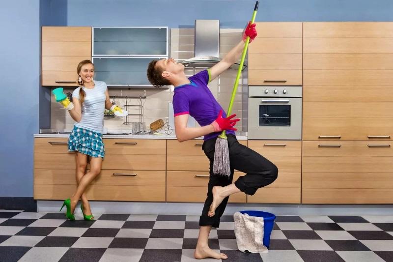 Совместная уборка квартиры